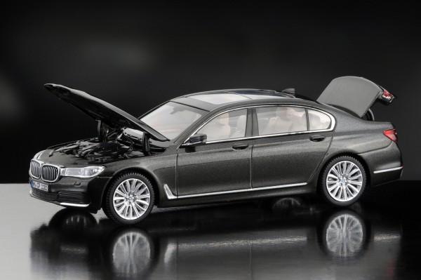 iScale BMW 7er IL, jatoba