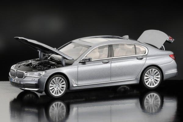 iScale BMW 7er IL, artikgrau