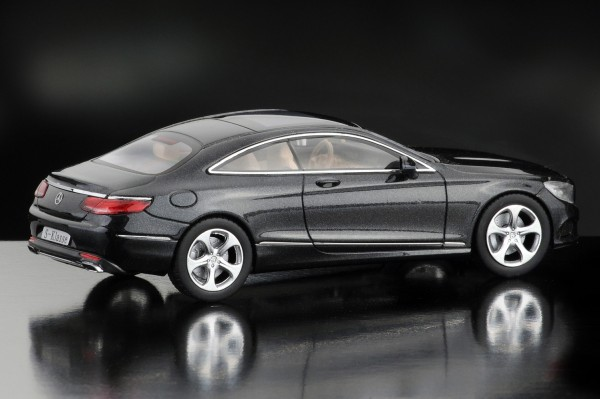 iScale MERCEDES CL, S-Klasse Coupe, magnetitschwarz