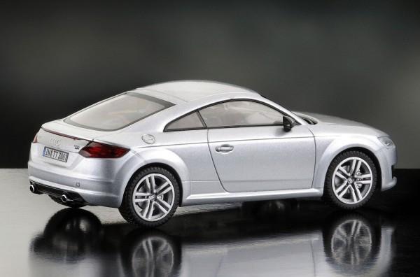 iScale AUDI TT Coupe, florettsilber