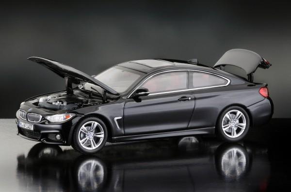 iScale BMW 4er Coupe, saphirschwarz