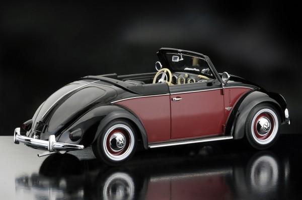 KKScale VW Käfer 1200 Hebmüller Cabrio, schwarz-rot